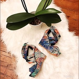 Shoes - 🍃Tropical Wedges